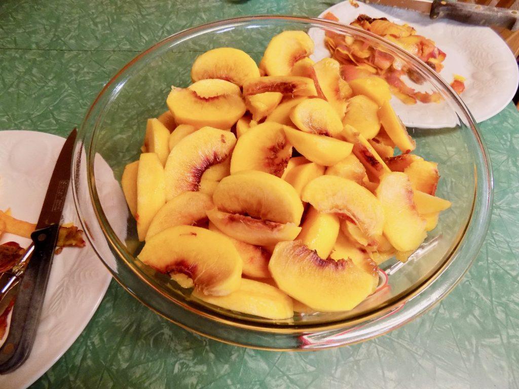 Peeled and sliced peaches